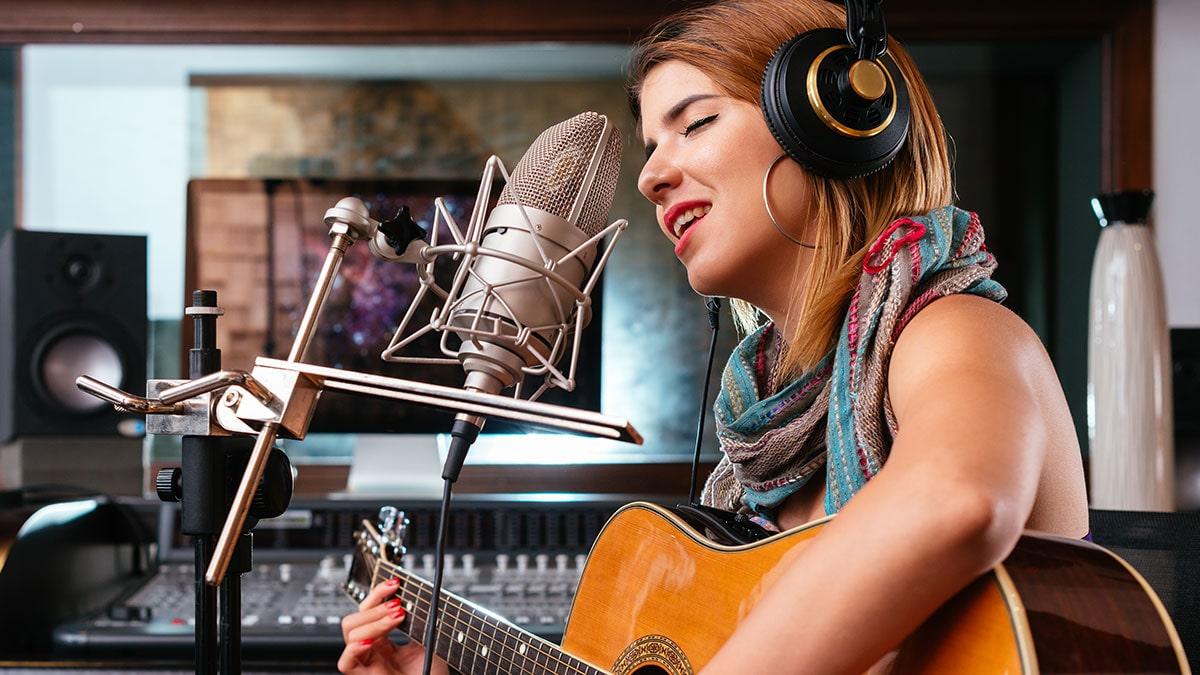 سازها در استودیو صدابرداری و ضبط صدا